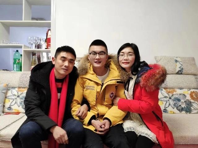 """武汉一高校20岁学子生日当天签订器官捐献协议  """"我想一生'精彩的存在,满足的离开'"""""""
