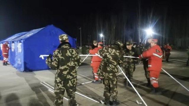 新疆喀什地區伽師縣發生6.4級地震 武警官兵馳援救災