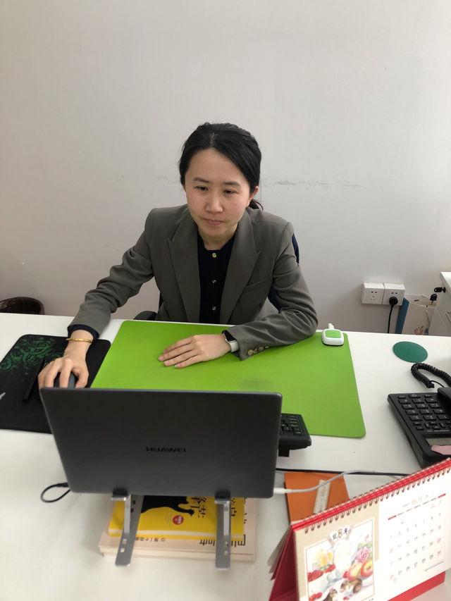 宁波1.6万名毕业生参加网上招聘会