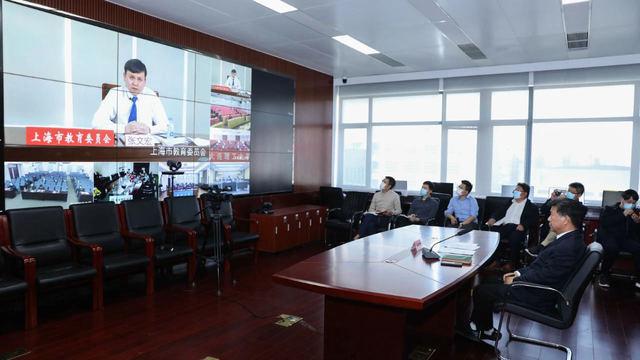 张文宏:中国开学的时间节点选得非常好