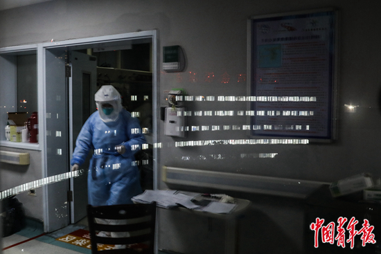 【订阅中国青年报】_金银潭ICU的呼吸