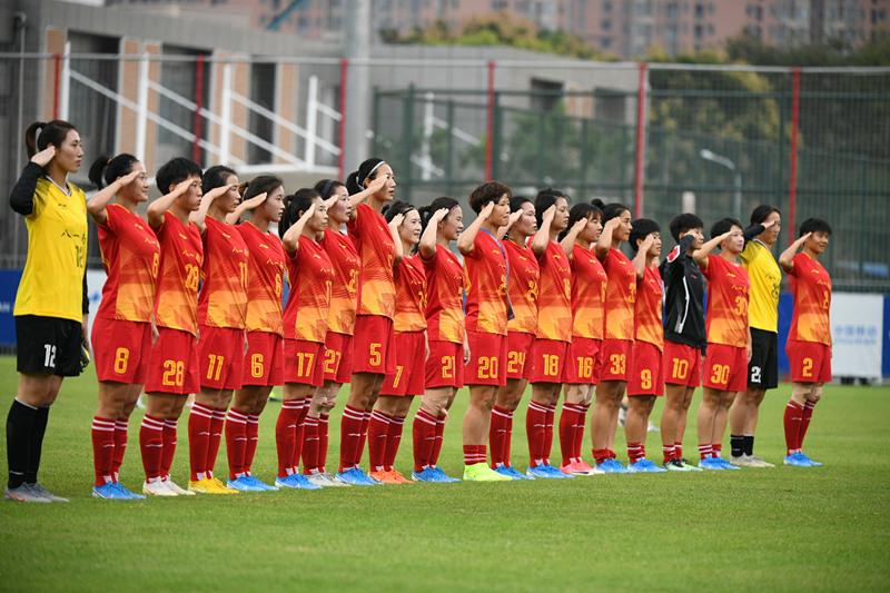 中国女足4:0战胜美国女足